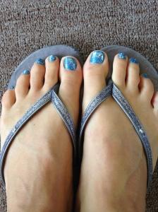Blue sparkly pedi